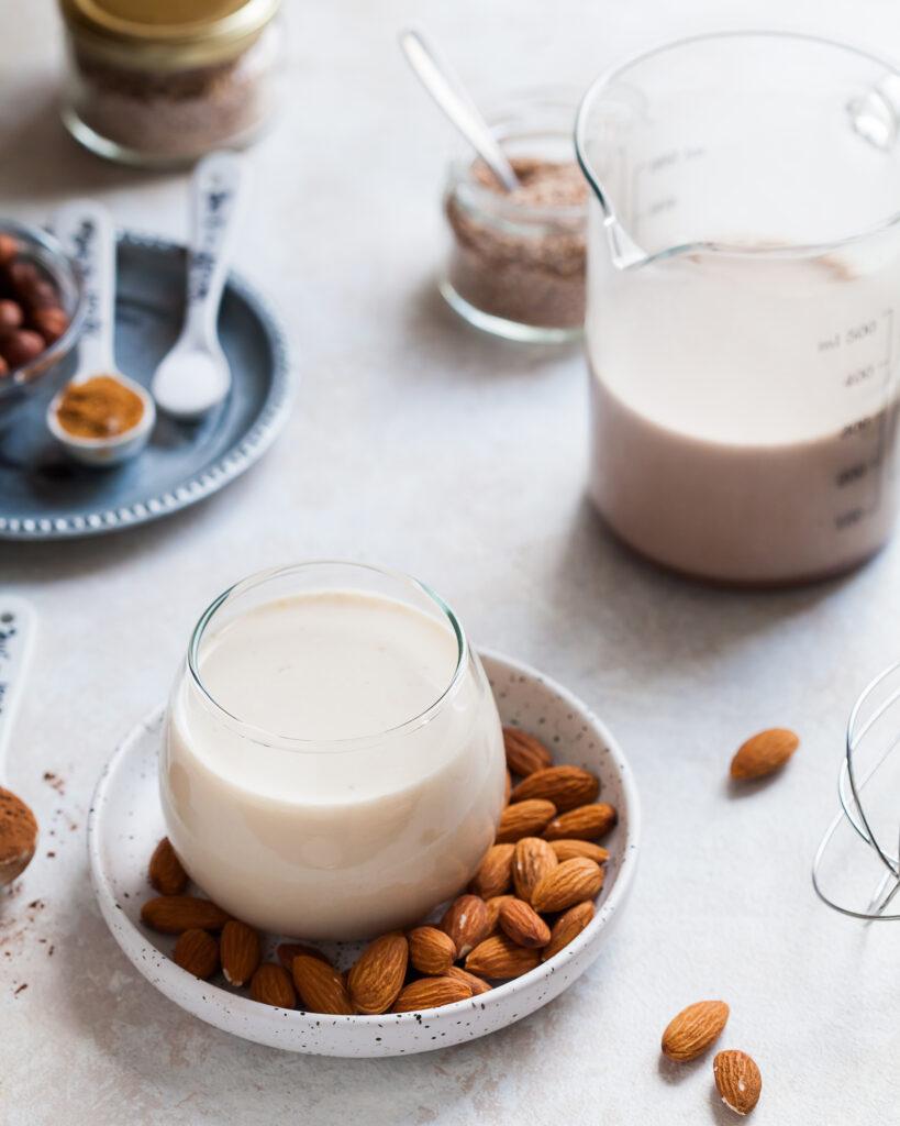 Домашнее-ореховое-молоко Domashnee-orehovoe-moloko